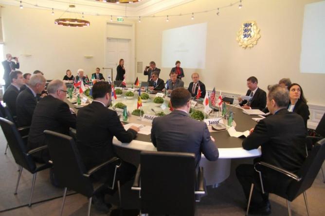Välisminister Urmas Paet: väljendusvabadus peab olema ühtemoodi tagatud nii avalikus- kui ka virtuaalruumis
