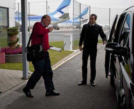 Siren.gif Steve Ballmer külastas täna taas Eestit ~!