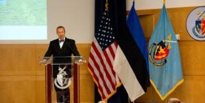 President Ilves: küberrünnakud võivad riigi vähemalt ajutiselt põlvili suruda