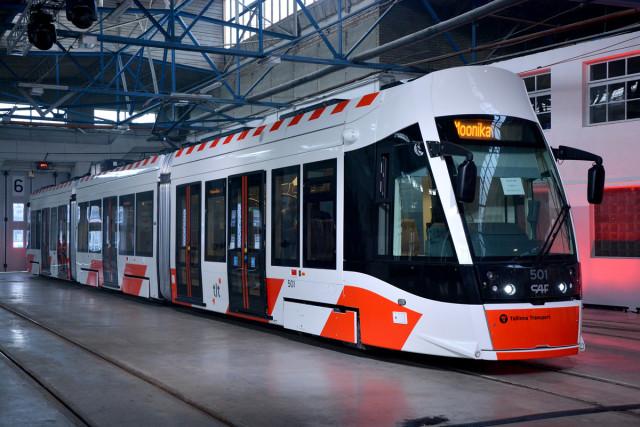 Esmaspäeva öösel vastu teisipäeva jõudis Tallinna järjekorras juba kuues uus CAF Urbos AXL tramm.
