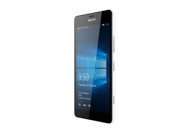 Microsofti tipptelefonid Lumia 950 ja Lumia 950 XL jõuavad Eestis müügile detsembris