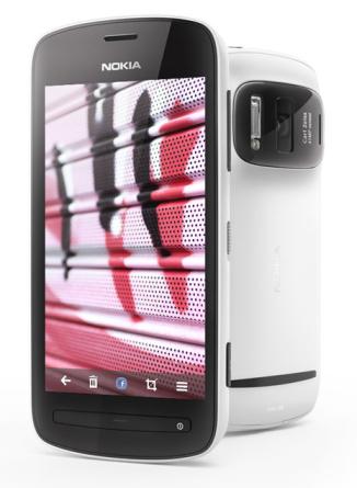 Nokia 808 – 41Mpx kaamera, Dolby Surround helisalvestus