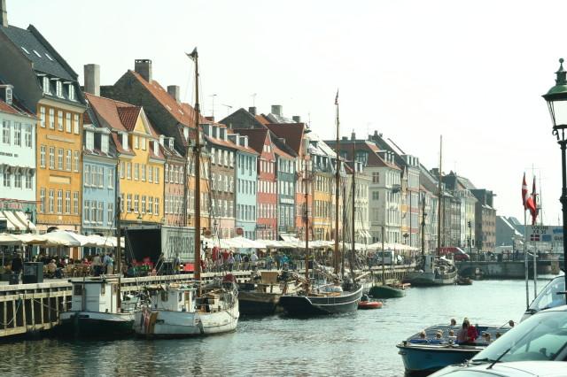 Nyhavn-Copenhagen-Danmark