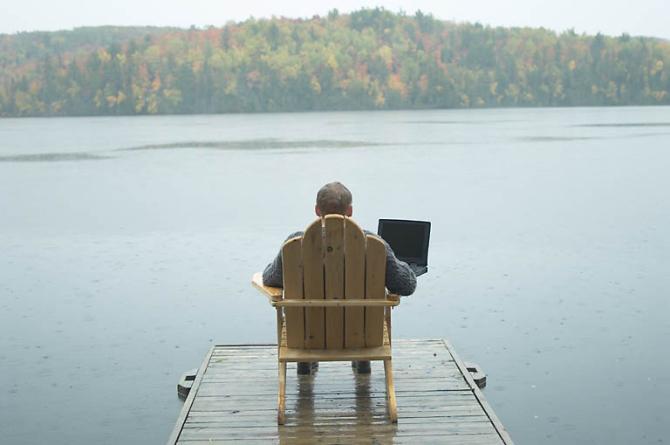 Pooled maailma ärijuhtidest teevad kaugtööd – millal Eestis avastatakse kaugtöö eelised?