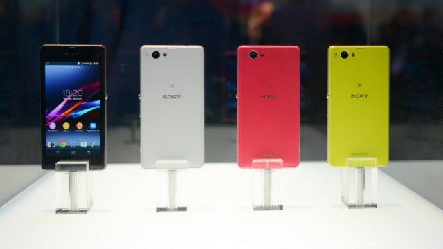 Sony Xperia Z1 Compact store