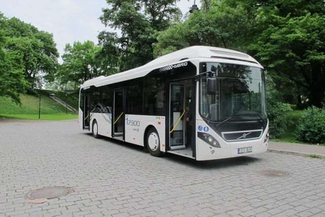 Volvo_hybrid_bus_05-06-2014_0087