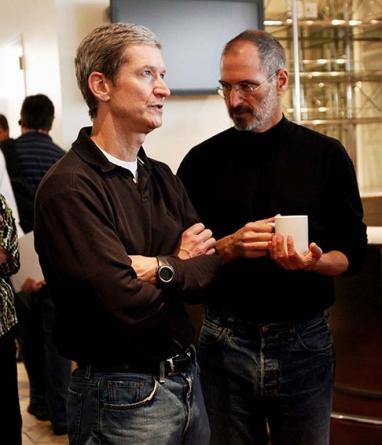 Siren.gif Steve Jobs astus tagasi CEO kohalt ~!