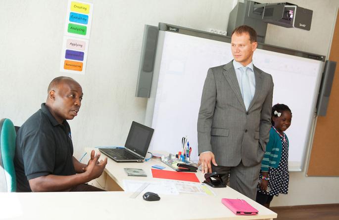 Diplomaadid tutvuvad Eesti IT- ja rahvusvahelise hariduse võimalustega