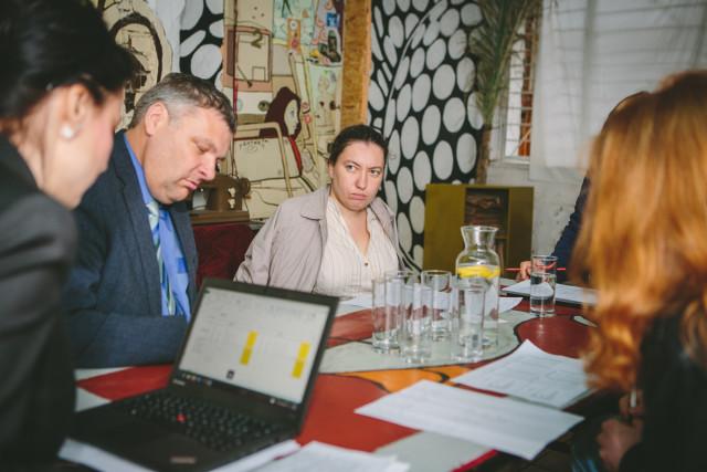 Žürii langetab otsust. Pildil keskkonnaminister Marko Pomerants ja Eestimaa Looduse Fondi juhatuse esimees Silvia Lotman
