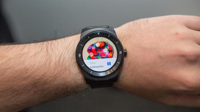 lg-g-watch-r-ifa-14