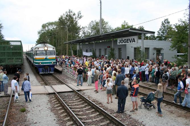 Edelaraudtee uus liiklusportaal kuvab rongide liikumist reaalajas