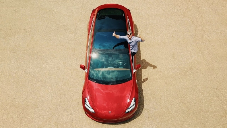 Elon Musk says Tesla will be out of 'production hell' in a month as they start ramping up to 10,000 Model 3s per week