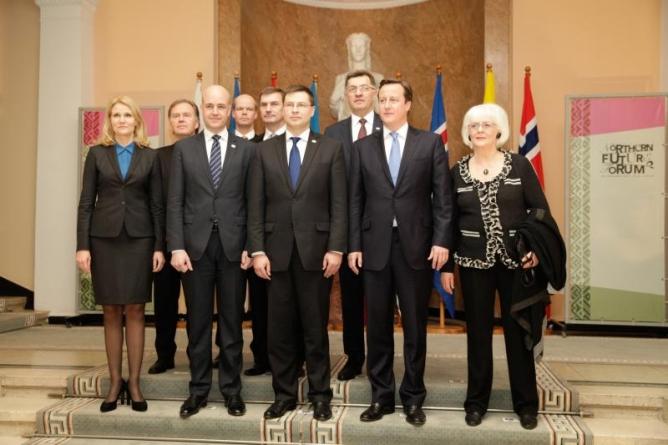 Peaminister Ansip pakkus Põhja- ja Baltimaade ning Briti peaministrile Eesti X-teed